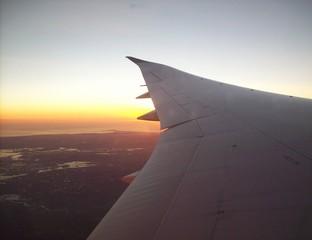 Sonnenuntergang vom Flugzeug aus.